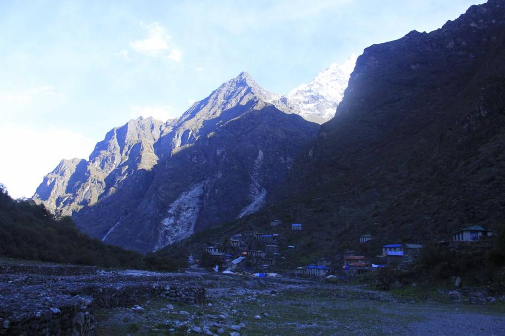 Beding  travel and trekking in Nepal