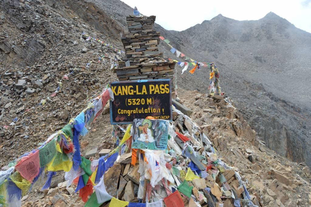Kang-La Pass, a destination of Mountaineers Trekking to Manang