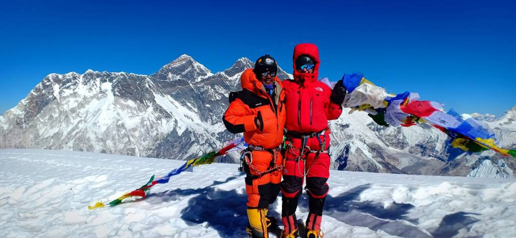 Mountaineers at Everest