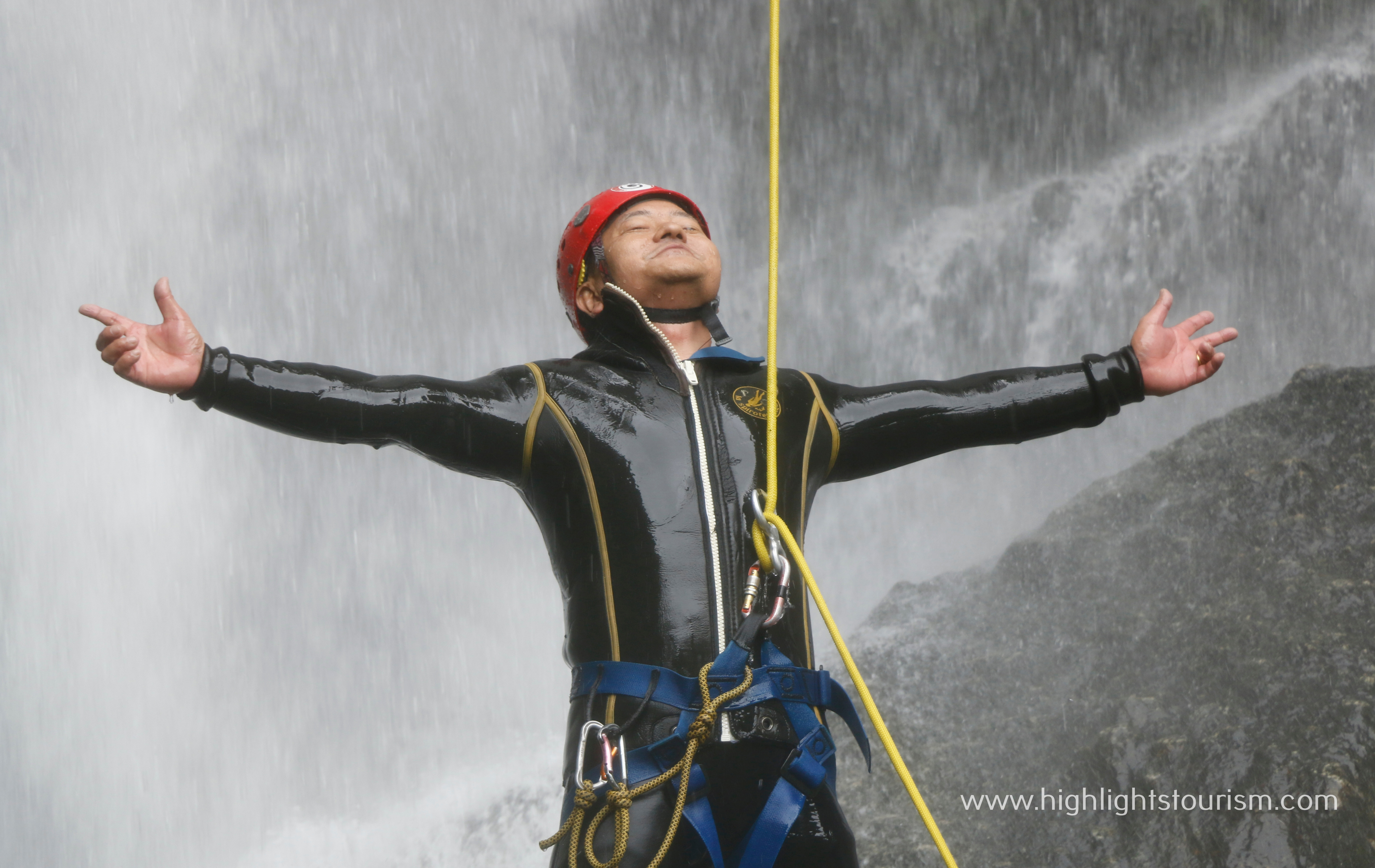 Canyoning in Sunderjal