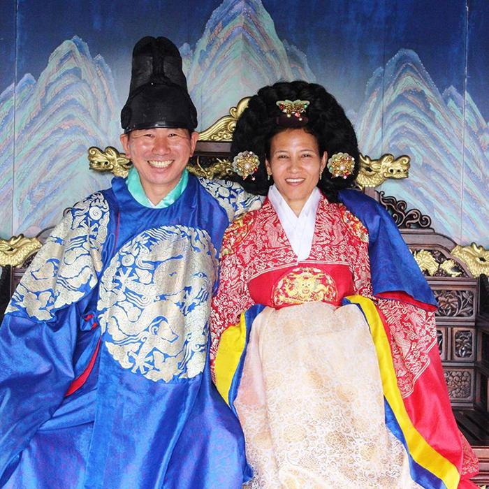 Kim and Manju in Korean dress