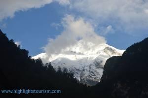 Dhaulagir peak seen from Manang