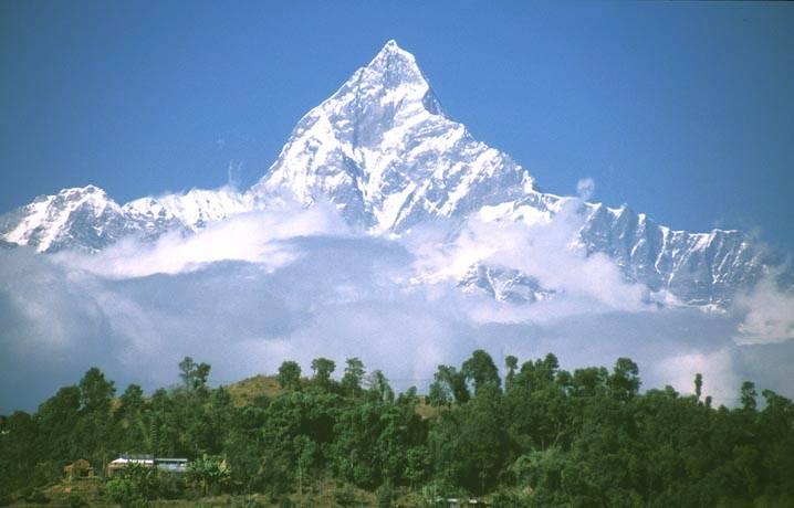 Fish tail mountain (Machhapuchhare)