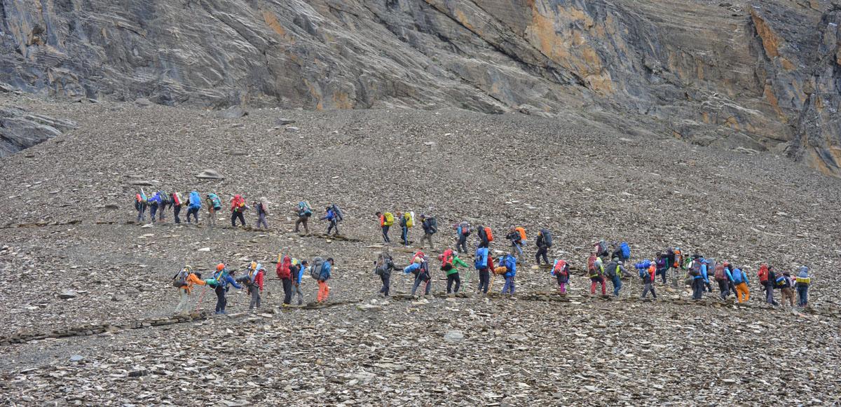 Videographer's Witness from Kangla Pass Trekking to manang in Nepal