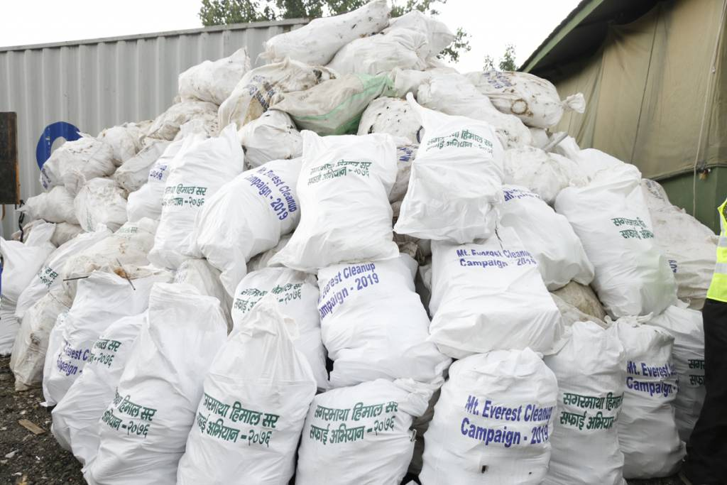 Non-disposable garbage collected from Everest