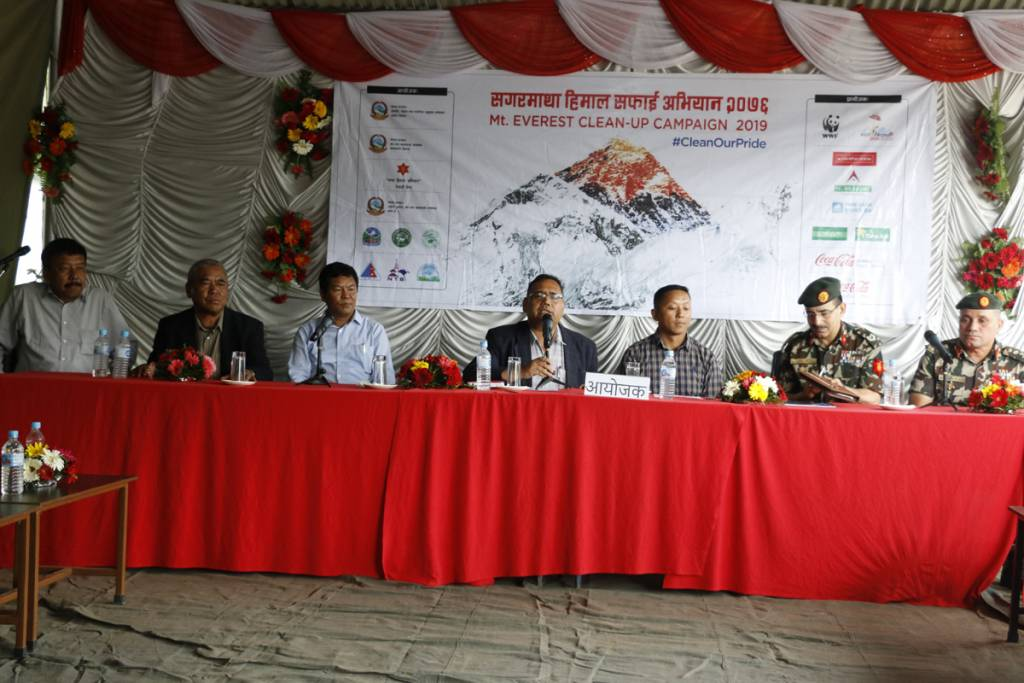 Closing announcement of Everest cleaning campaign