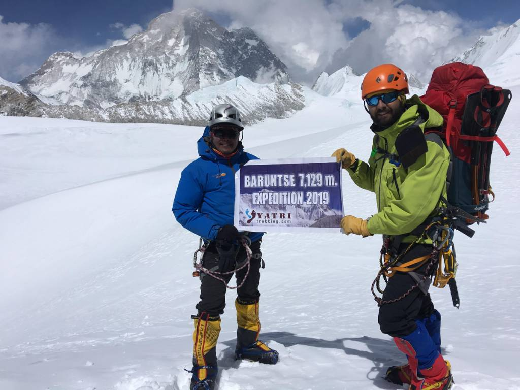 Baruntse peak attempt aborted due to lack of trails