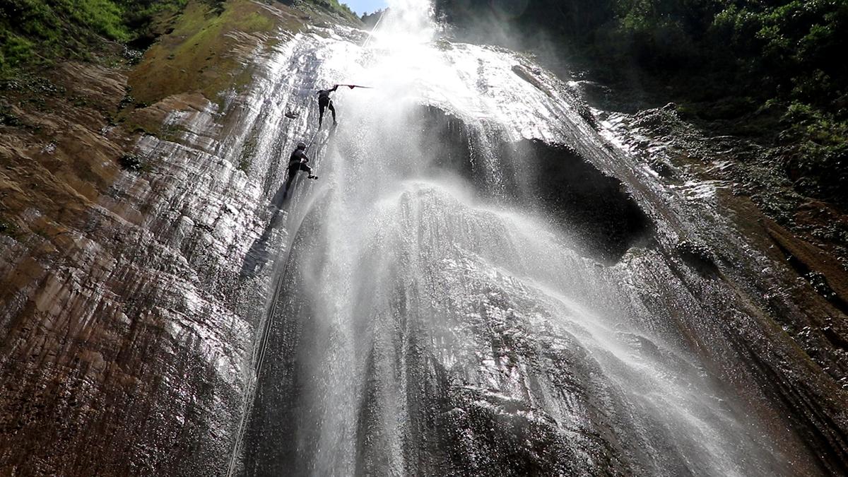canyoning at Jalbire
