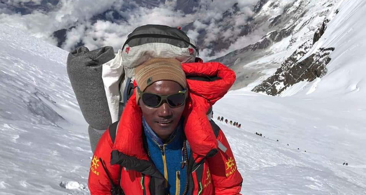 Kamirita Sherpa, A highest number of climbing record holder Nepali native guide.
