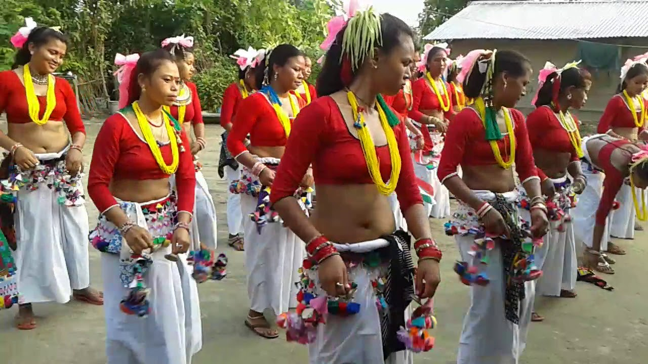 Sakhiya dance