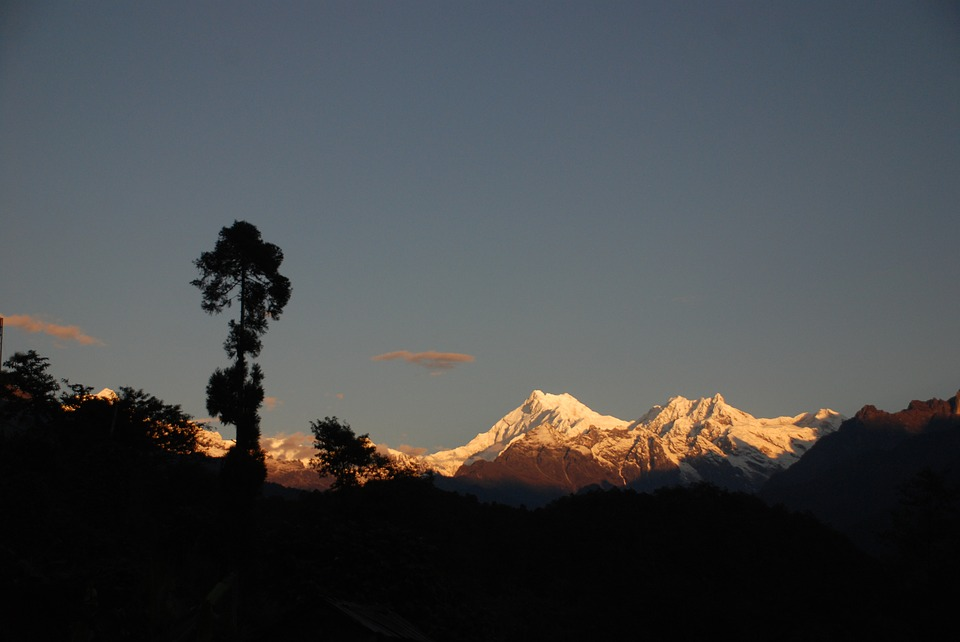 sunset at kanchenjung