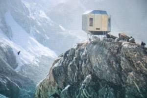 Biwak (shelter) for trekkers