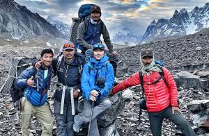 Nirmal Purja with his friends